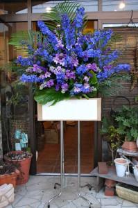 名古屋の花屋カームクームのスタンド花サンプル33