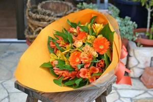 名古屋の花屋カームクームの花束アレンジメント/サンプル1