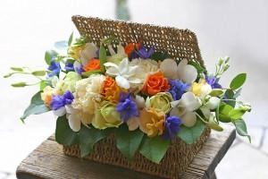 名古屋の花屋カームクームの花束アレンジメント/サンプル3