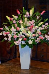 名古屋の花屋カームクームの花束アレンジメント/サンプル17